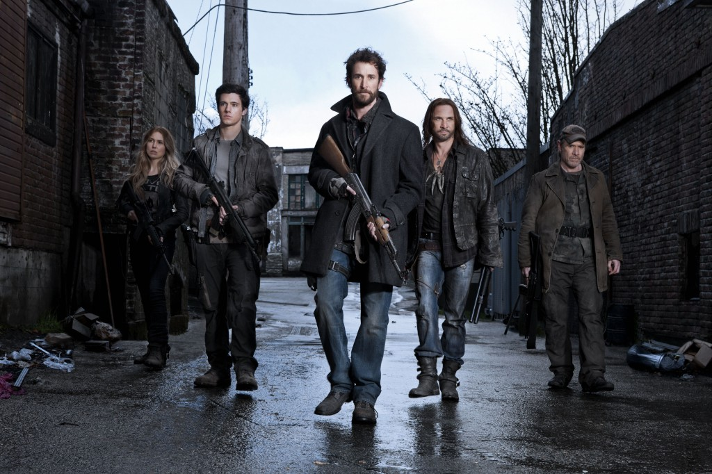 Falling Skies_Gallery_04_Sarah Carter_Drew Roy_Noah Wyle_Colin Cunningham_Will Patton_PHMichaelMuller_22049_001_2332_R